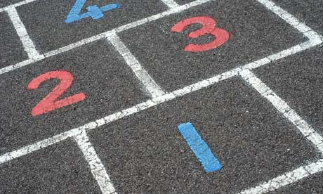 Numbers-on-a-hopscotch-gr-007